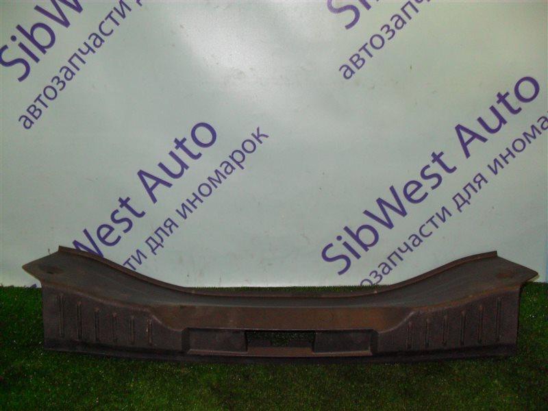 Накладка замка багажника Ford Focus 3 CB8 IQDB 2013