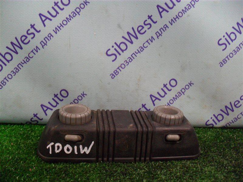 Плафон Suzuki Escudo TD01W G16A 1993 передний