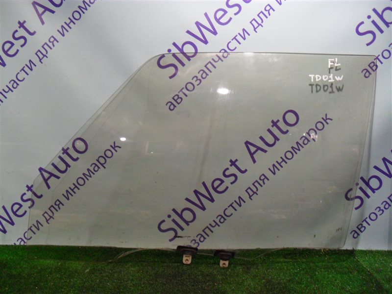 Стекло двери Suzuki Escudo TD01W G16A 1993 переднее левое