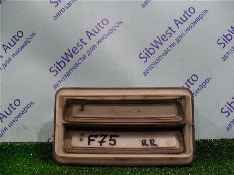 Клапан вентиляции крыла Opel Zafira F75 Z22SE 2001 задний правый