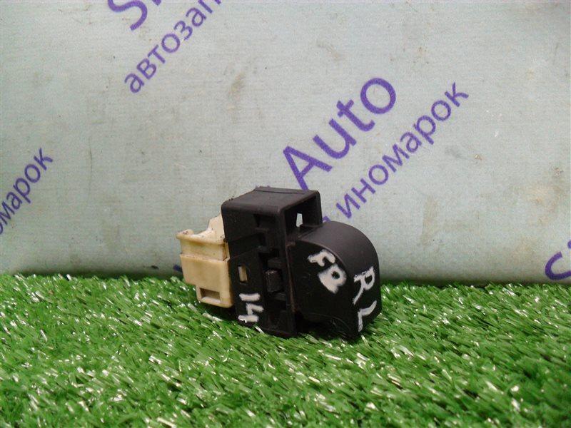 Кнопка стеклоподъемника Nissan Sunny FB14 GA15DE 1994 задняя левая