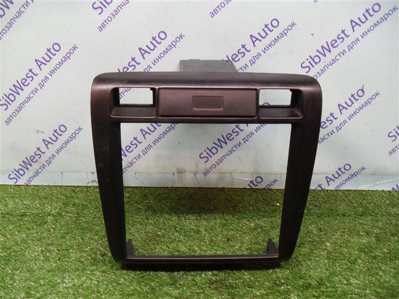 Консоль магнитофона Nissan Bluebird SU14 CD20 1999