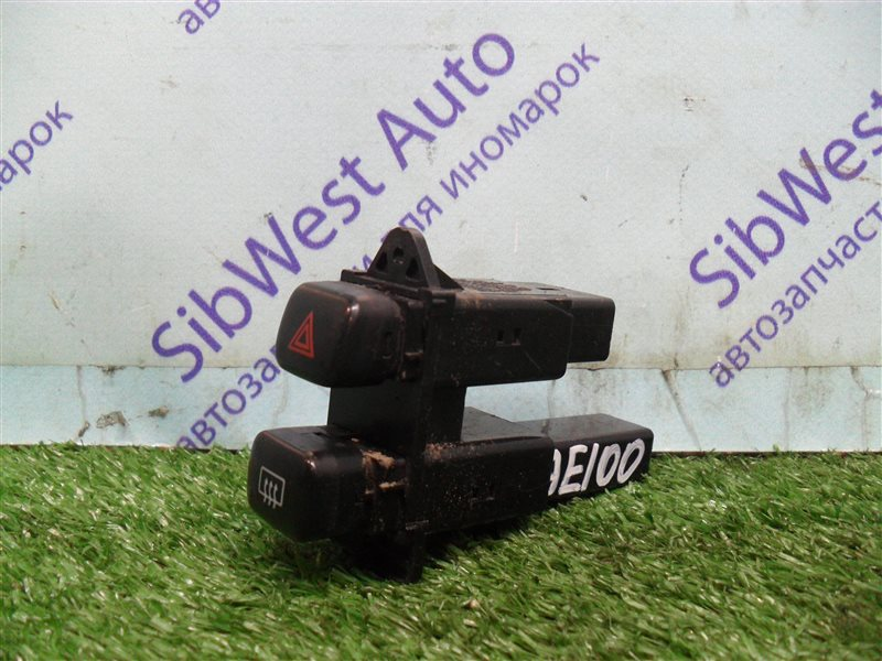Кнопка аварийной сигнализации Toyota Sprinter AE100 5A-FE 1993