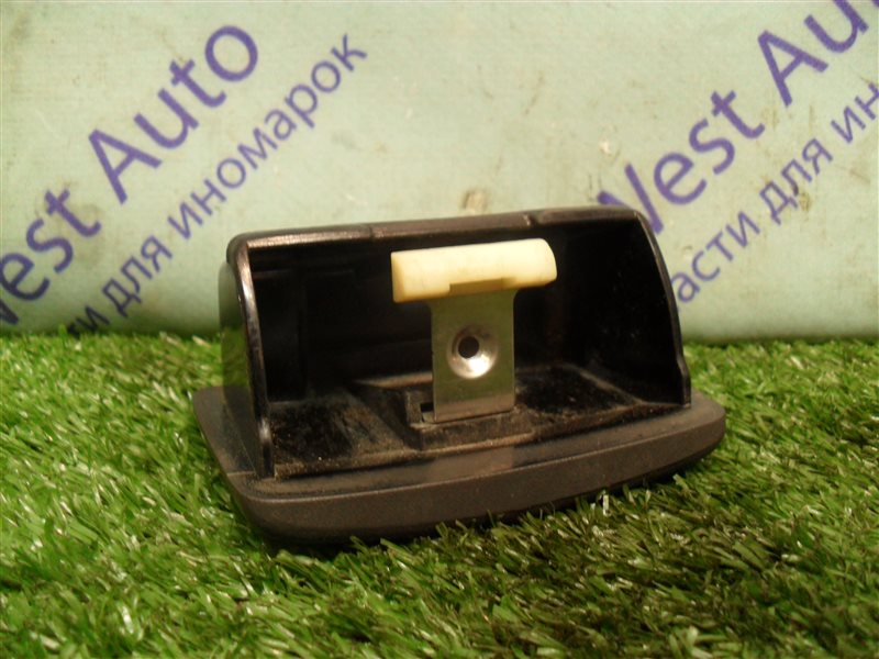 Пепельница Nissan Expert VW11 QG18DE 1999 задняя