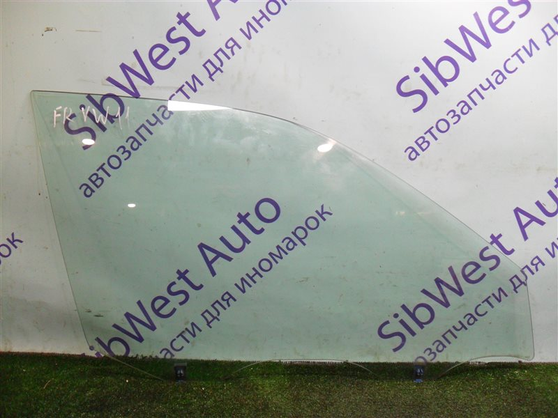Стекло двери Nissan Expert VW11 QG18DE 1999 переднее правое