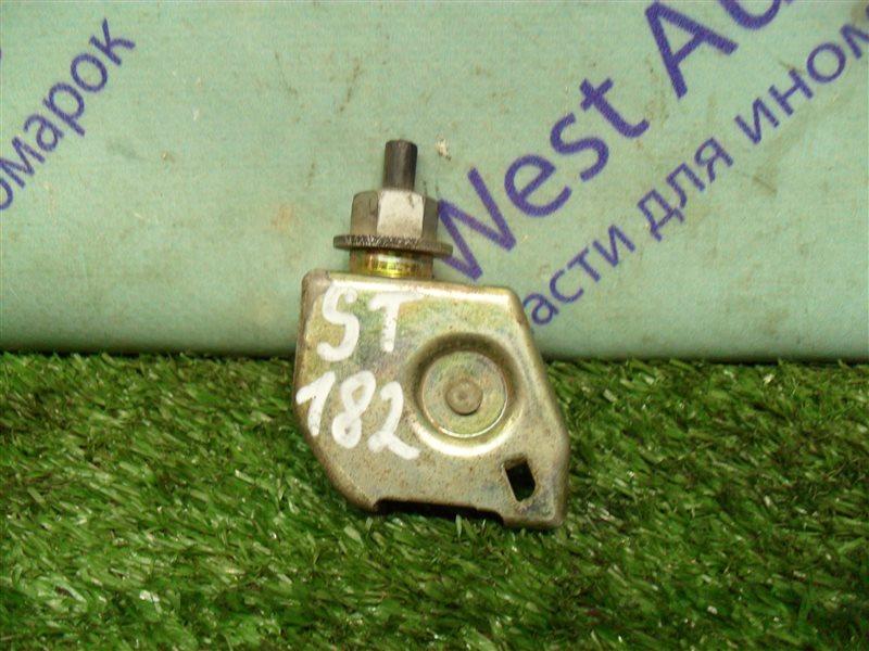 Замок лючка бензобака Toyota Carina Ed ST182 3S-FE 1991