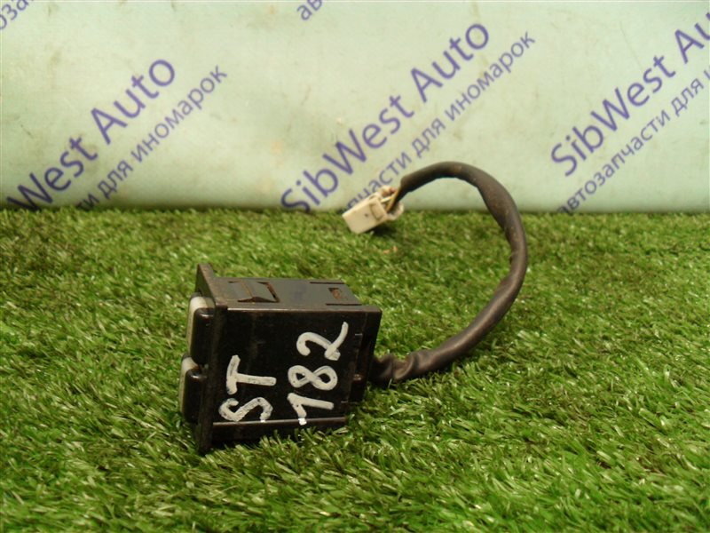 Кнопка Toyota Carina Ed ST182 3S-FE 1991