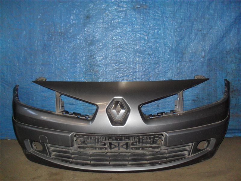 Бампер Renault Megane LM2Y K4M 2008 передний