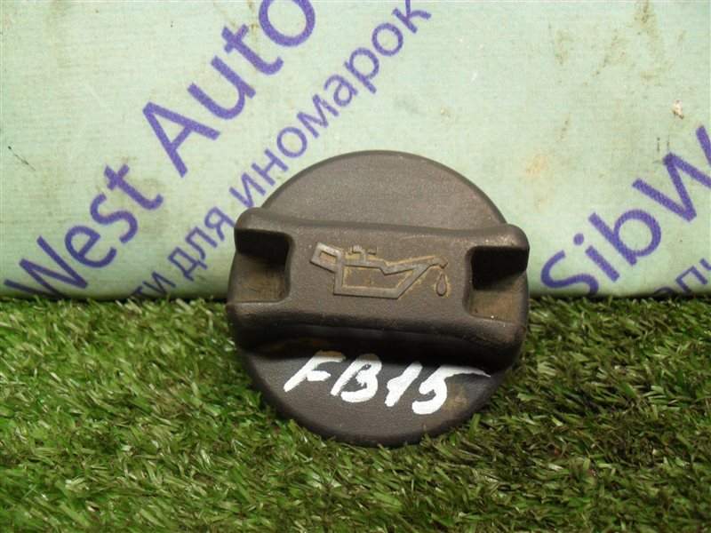 Крышка масляной горловины Nissan Sunny FB15 QG15DE 2001