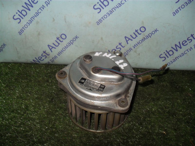Мотор печки Nissan Vanette KMC22 CA20S 1986