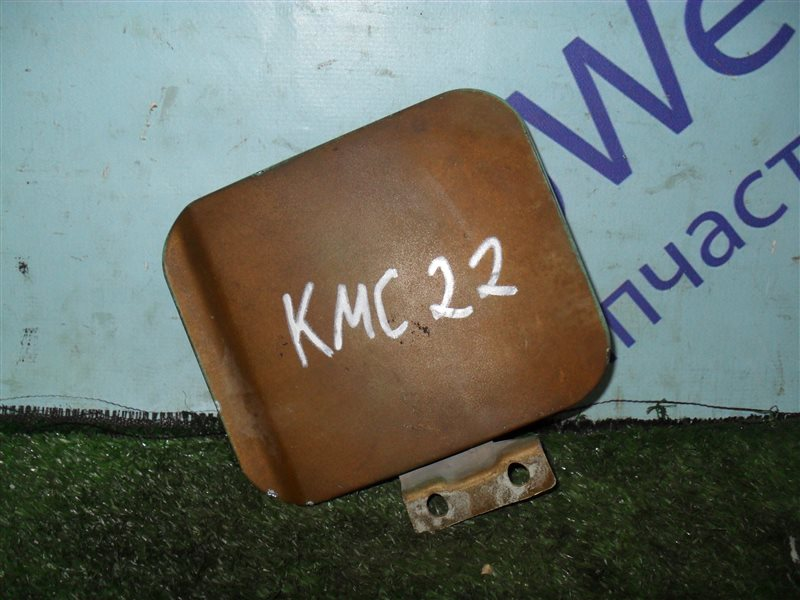 Лючок бензобака Nissan Vanette KMC22 CA20S 1986
