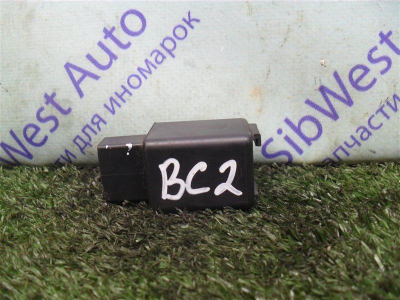 Реле поворота Subaru Legacy BC2 EJ18S 1991