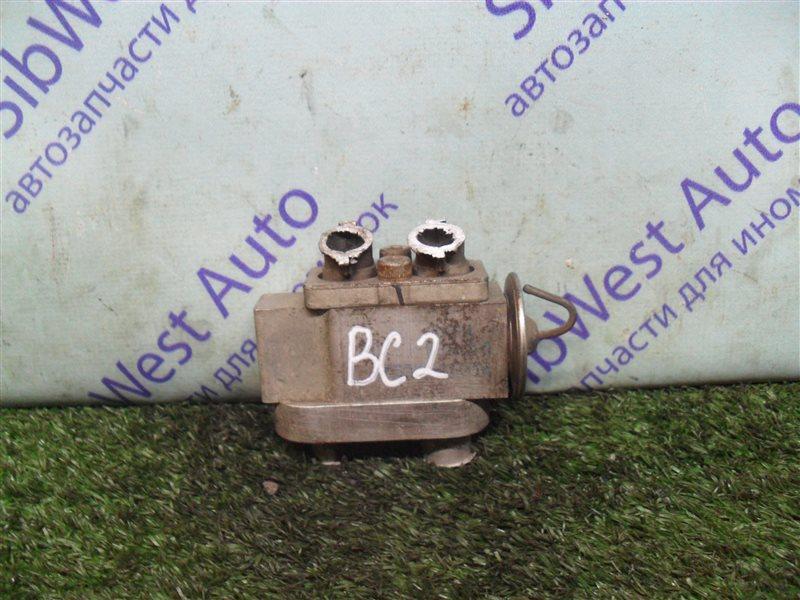 Клапан кондиционера Subaru Legacy BC2 EJ18S 1991
