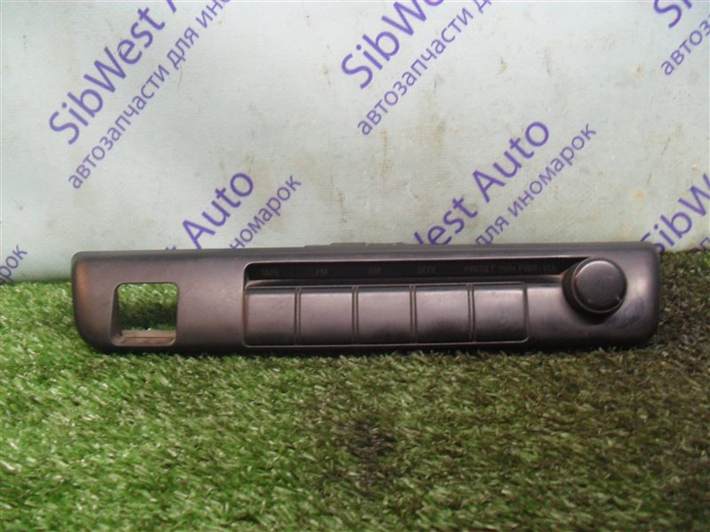 Блок управления магнитофоном Toyota Mark Ii GX81 1G-FE 1989