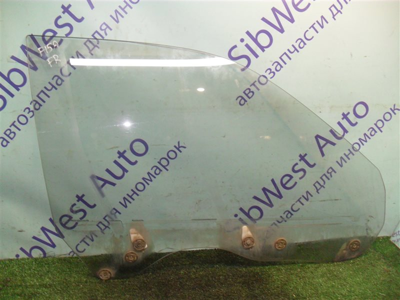 Стекло двери Mitsubishi Diamante F15A 6G73 1992 переднее правое