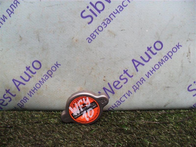 Крышка радиатора Nissan Ad WFY10 GA15DS 1993