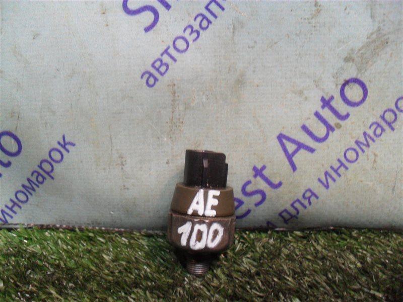 Датчик давления масла Toyota Sprinter AE100 5A-FE 1994