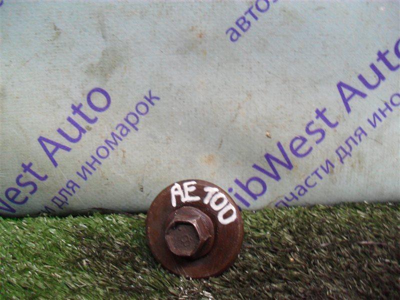 Болт шкива коленвала Toyota Sprinter AE100 5A-FE 1994