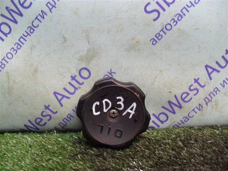 Крышка масляной горловины Mitsubishi Lancer CD3A 4G91 1993