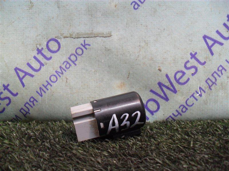 Реле Nissan Cefiro A32 VQ20DE 1997