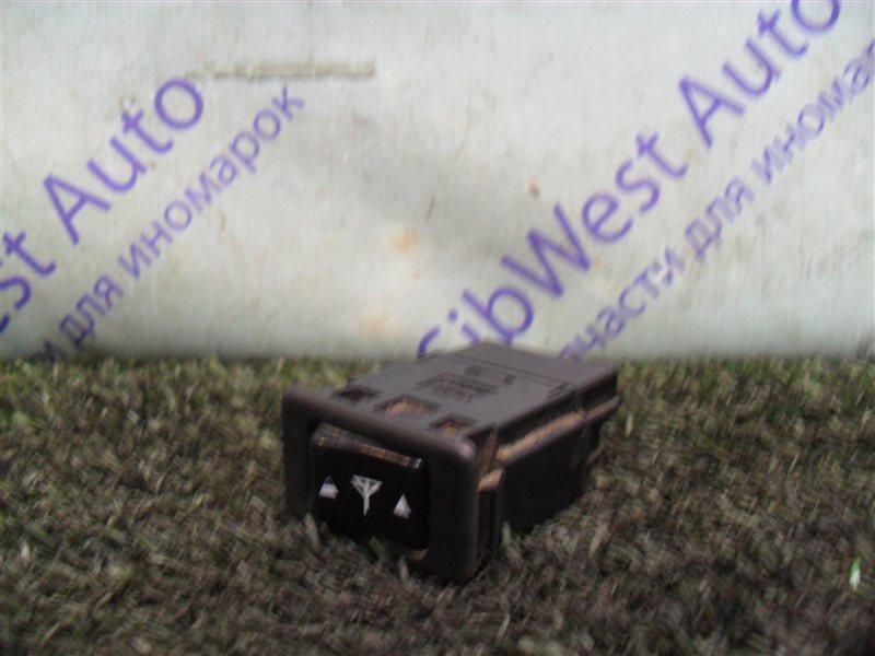 Кнопка Nissan Cefiro A32 VQ20DE 1997