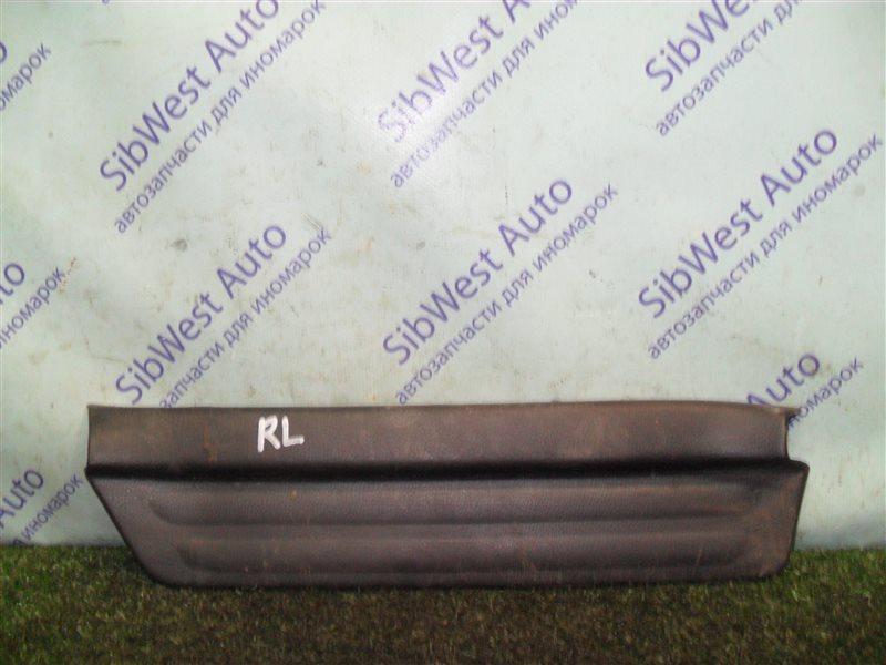 Порожек пластиковый Nissan Cefiro A32 VQ20DE 1997 задний левый