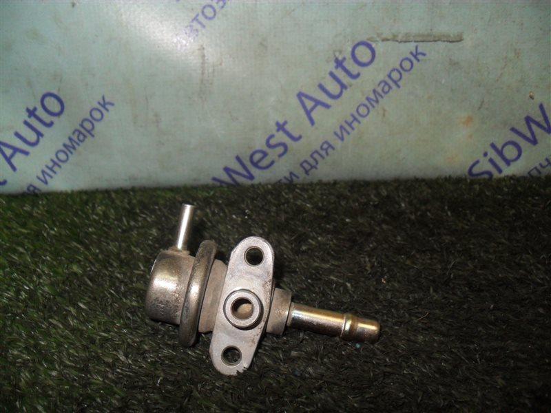 Регулятор давления топлива Nissan Cefiro A32 VQ20DE 1997