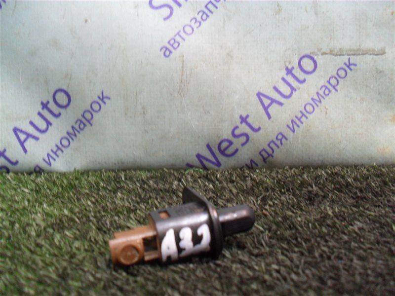 Датчик открыт.дверей Nissan Cefiro A32 VQ20DE 1997 передний левый