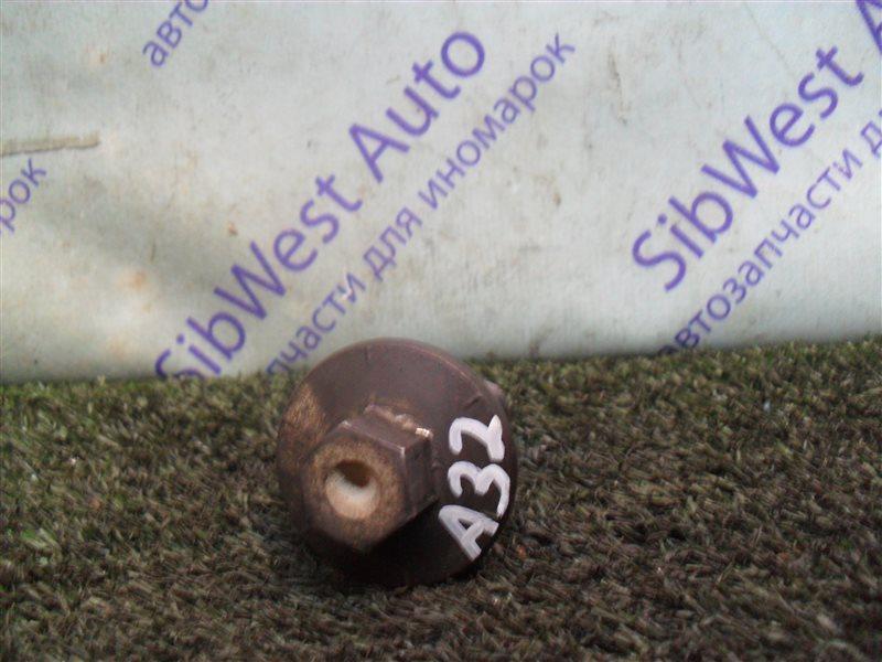 Болт шкива коленвала Nissan Cefiro A32 VQ20DE 1997