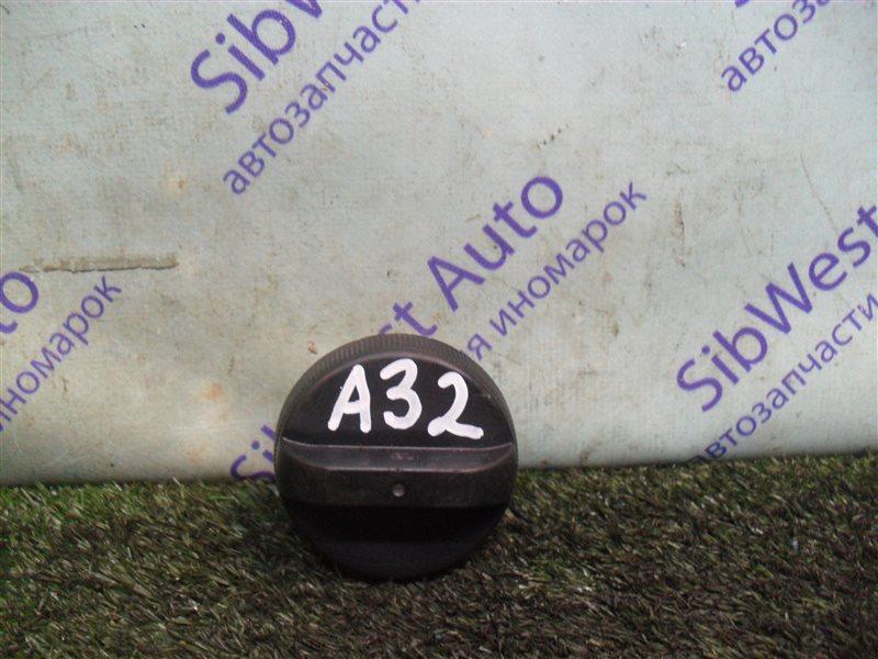 Крышка масляной горловины Nissan Cefiro A32 VQ20DE 1997