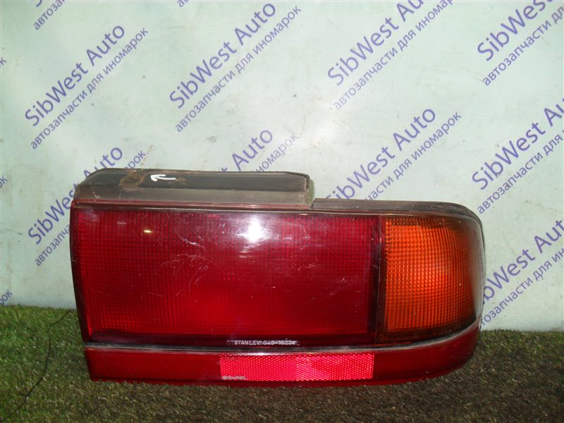 Стоп-сигнал Mitsubishi Eterna E35A 4G67 1990 задний правый