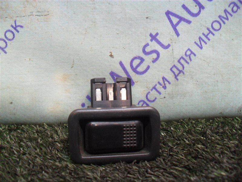 Кнопка стеклоподъемника Mitsubishi Eterna E35A 4G67 1990 передняя левая