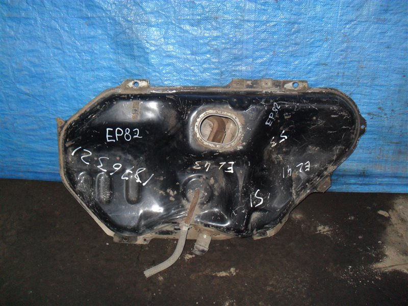 Бензобак Toyota Starlet EP82 4E-F 1991