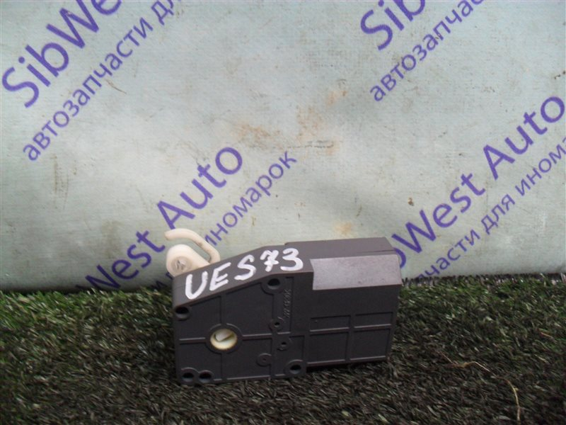 Сервопривод заслонок печки Isuzu Wizard UES73FW 4JX1 2000