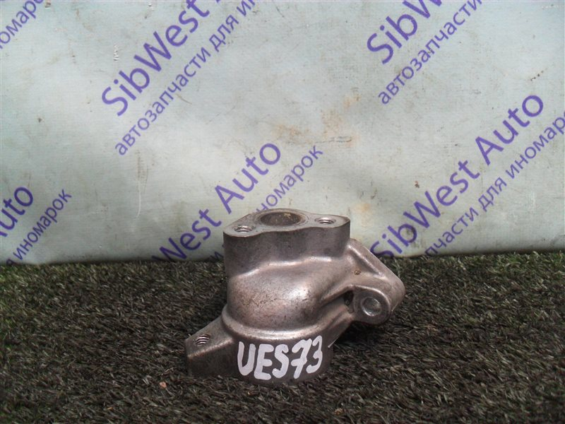Патрубок системы охлаждения Isuzu Wizard UES73FW 4JX1 2000