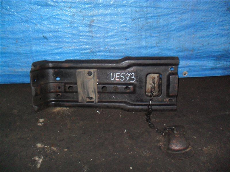 Крепление запаски Isuzu Wizard UES73FW 4JX1 2000
