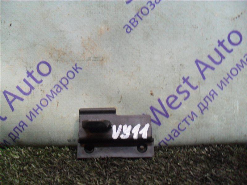 Замок бардачка Nissan Ad VY11 QG13DE 2000