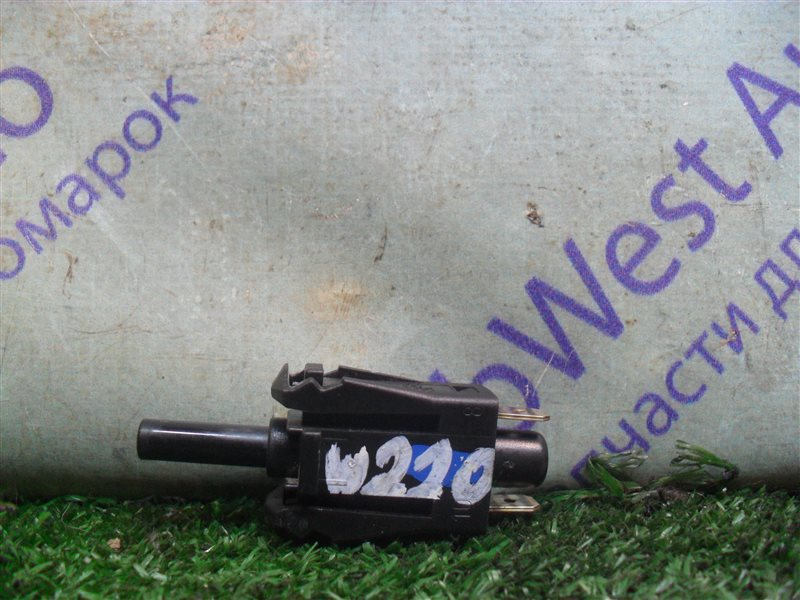 Лягушка тормозная Mercedes-Benz S-Class W220 M113E50 1999