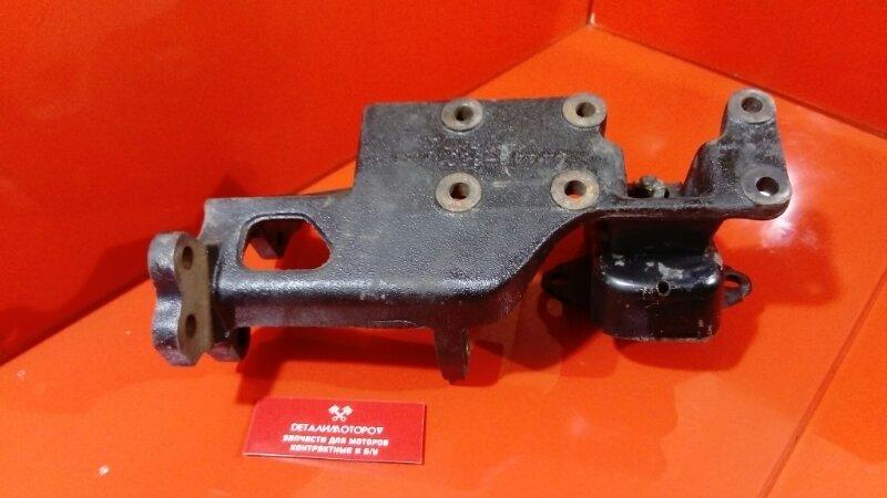 Крепление двигателя Toyota Chaser Q-LX80 2L