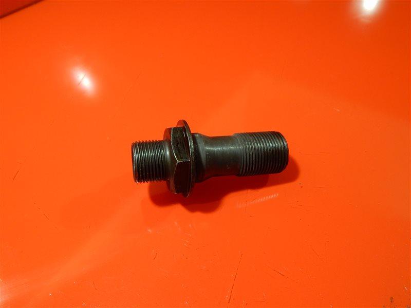 Крепление масляного фильтра Honda Accord CM2 K24A3