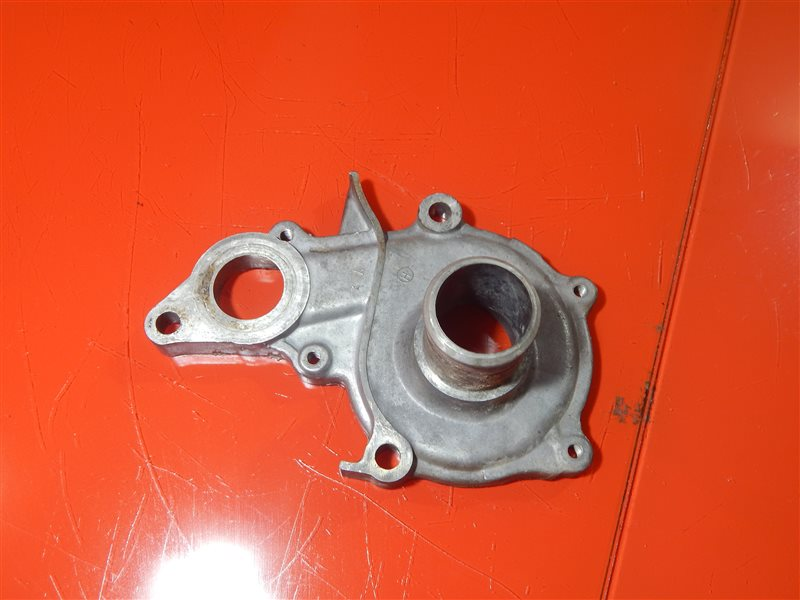 Корпус помпы Toyota Carina GF-AT212 5A-FE
