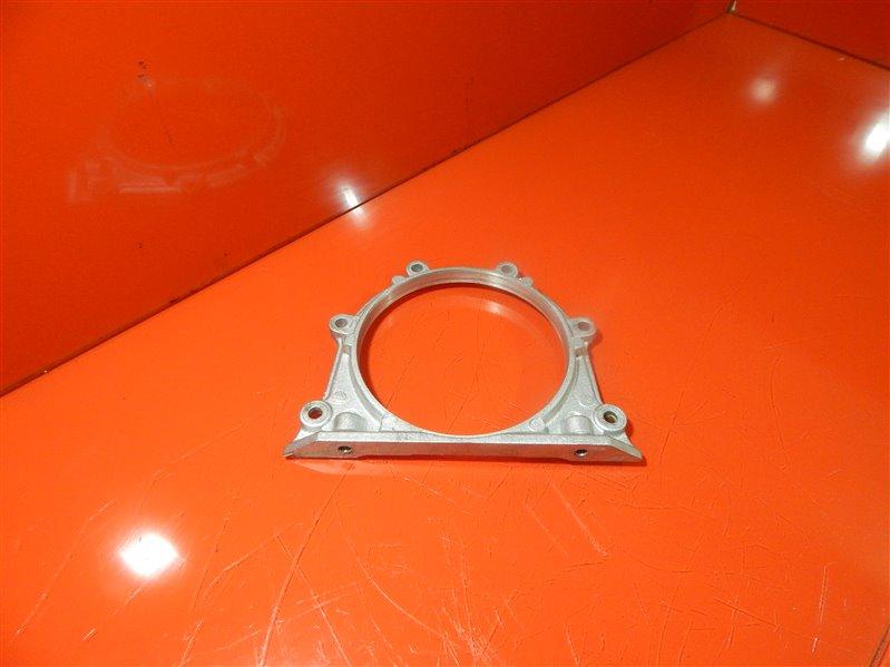 Крышка коленвала Mazda Bongo E-SSE8R FE