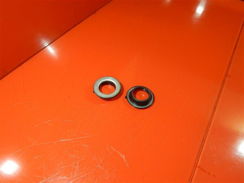 Сальник свечного колодца Toyota Caldina E-ST190G 4S-FE