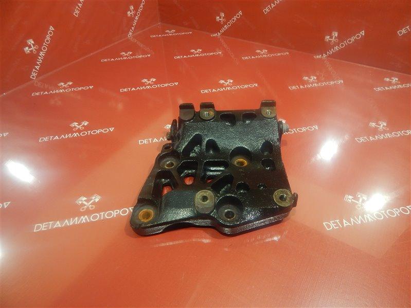 Крепление компрессора кондиционера Nissan Avenir E-W10 SR18DE
