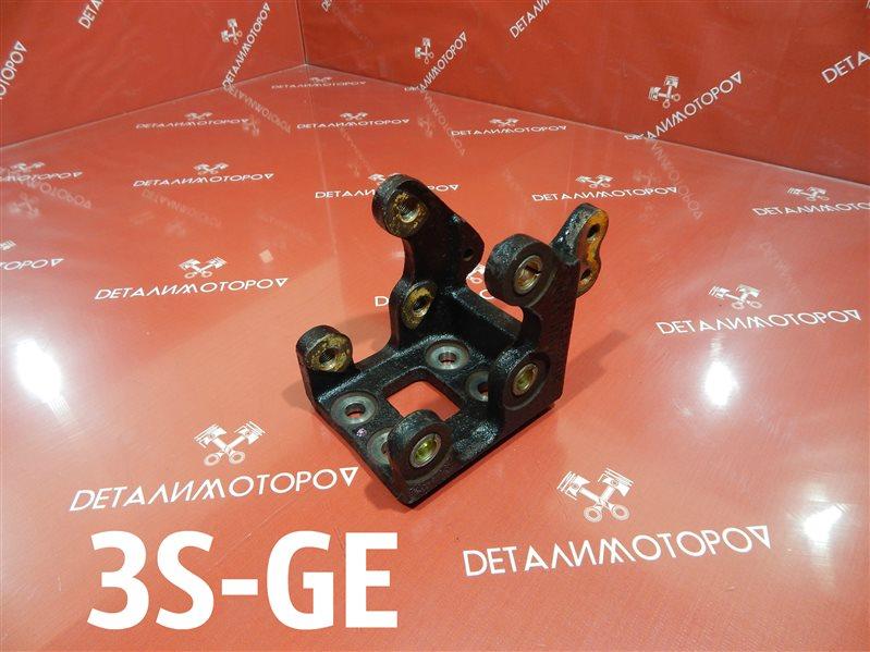 Крепление гидроусилителя Toyota Altezza GH-SXE10 3S-GE
