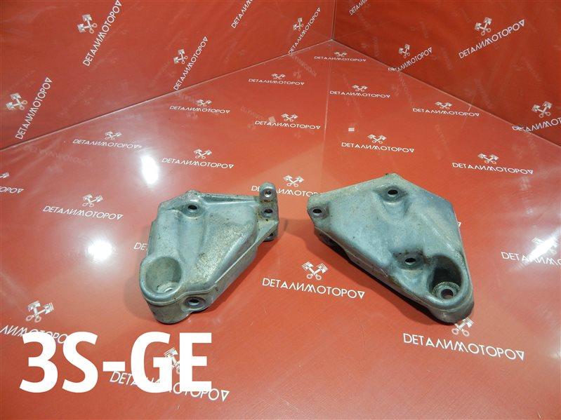 Кронштейн опоры двигателя Toyota Altezza GH-SXE10 3S-GE