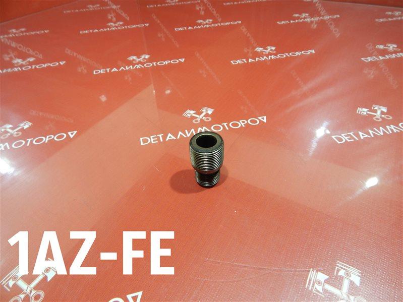 Крепление масляного фильтра Toyota Avensis AZT250 1AZ-FE