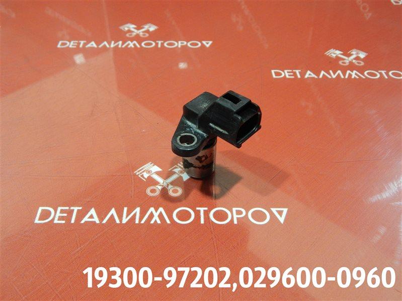 Датчик положения распредвала Toyota Duet UA-M100A EJ-VE