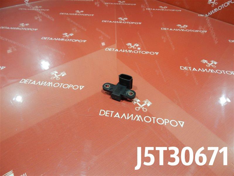 Датчик положения коленвала Mitsubishi Eclipse DK 4G69