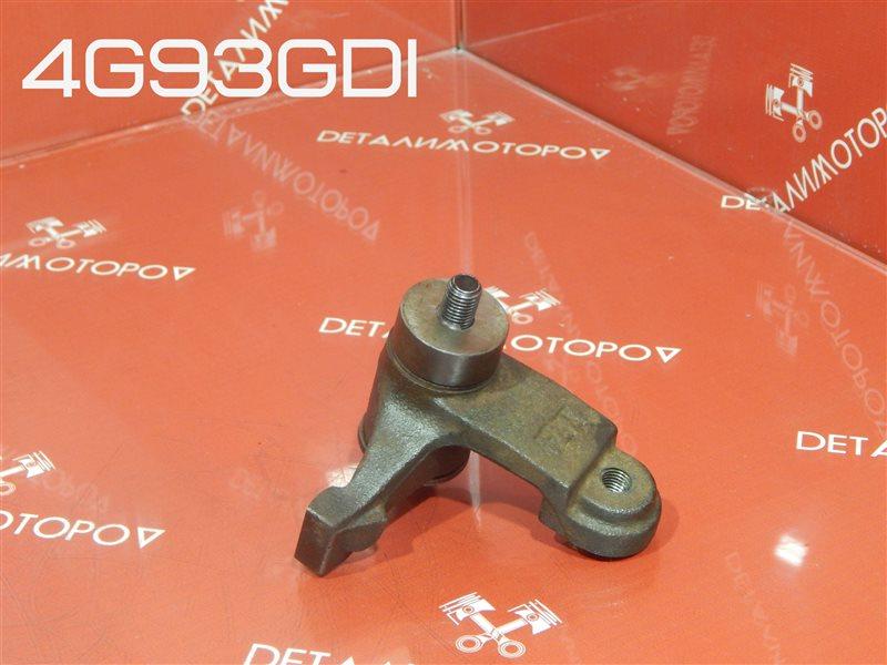 Кронштейн натяжного ролика Mitsubishi Aspire GF-EA1A 4G93